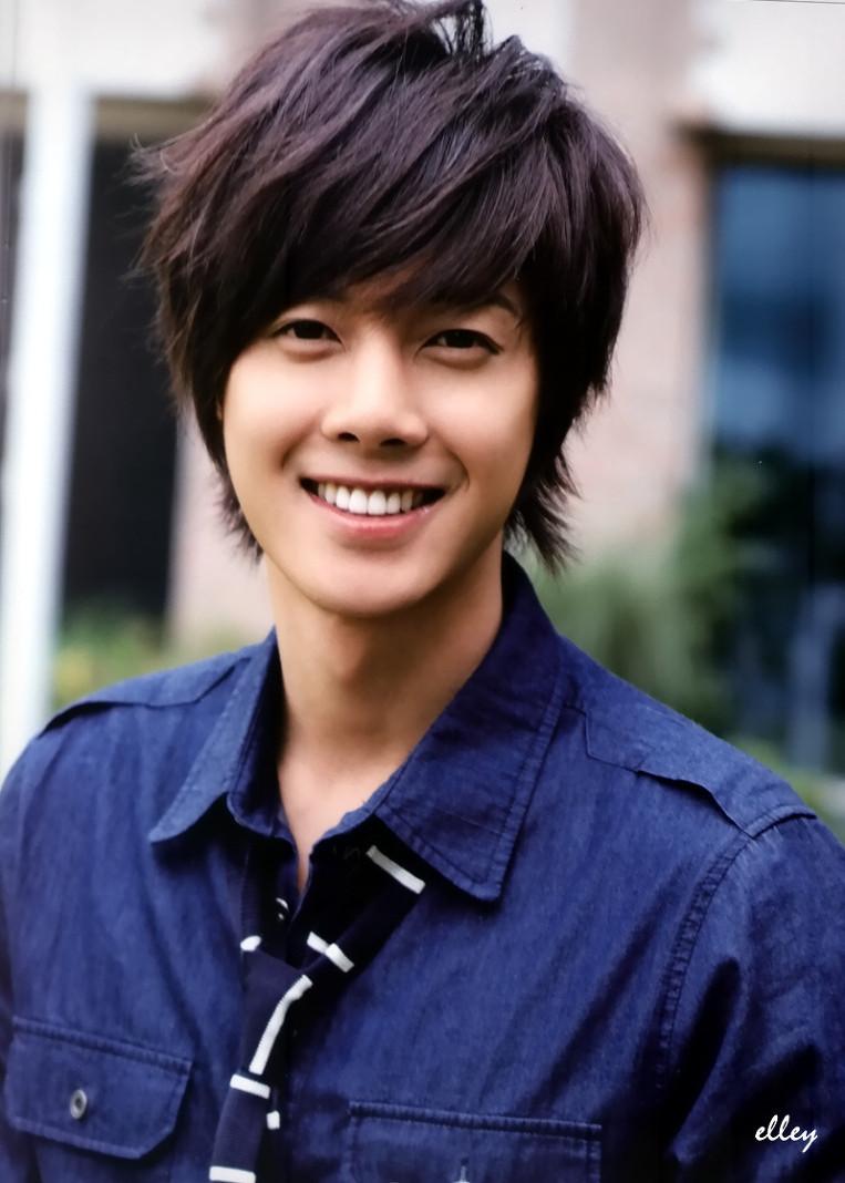 Bae yong joon and kim hyun joong dating 9
